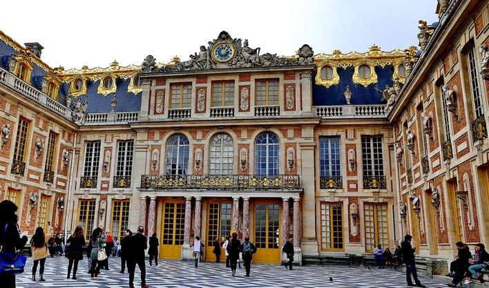 ทัวร์ฝรั่งเศส ปารีส ชมจัตุรัสกลางเมือง บรัสเซลส์ เบลเยี่ยม อัมสเตอร์ดัม 8วัน5คืน บินThai Airways