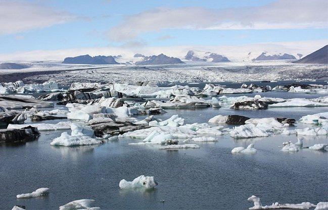 ทัวร์ไอซ์แลนด์ ทะเลสาบลากูน อุทยานแห่งชาติสกาฟตาเฟล เกย์ซีร์ 9วัน6คืน บิน Iceland Air