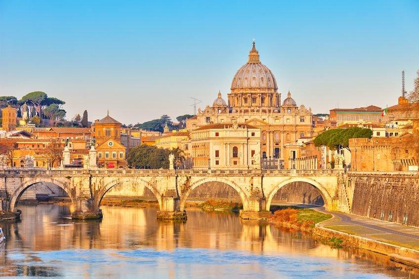 ทัวร์อิตาลี โรม สวิตเซอร์แลนด์ ฝรั่งเศส ขึ้นยอดเขาจุงเฟรา 9วัน 6คืน บิน Etihad Airways