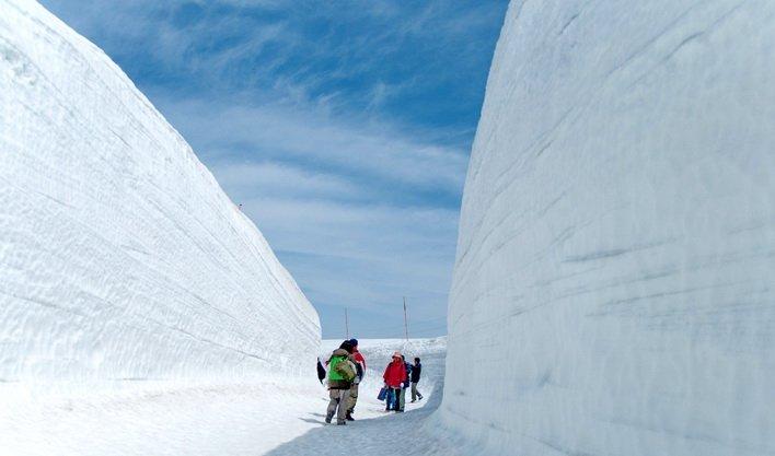 ทัวร์ญี่ปุ่น เขาทาเทยาม่า กำแพงหิมะ เขื่อนคุโรเบะ ชิราคาวาโกะ 5วัน3คืน บิน Air Asia X
