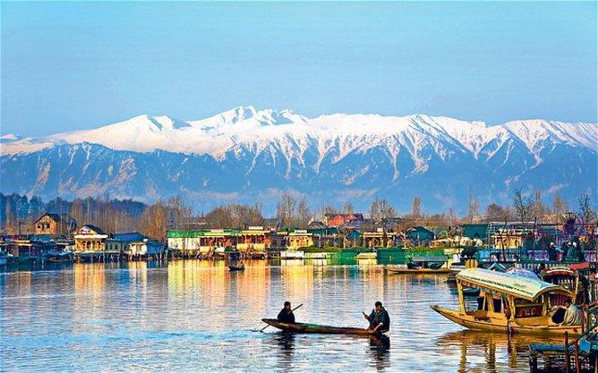 ทัวร์อินเดีย แคชเมียร์ พักบ้านเรือ ขี่ม้า ณ พาฮาลแกม ชมสวนทิวลิป 7วัน6คืน บิน Air India