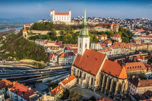ทัวร์เยอรมนี ออสเตรีย ฮังการี บราติสลาว่า สโลวัค ปราก เชค 9วัน 6คืน บิน Emirates Airlines